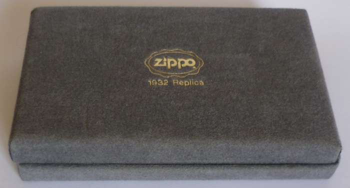Les boites Zippo au fil du temps - Page 2 Zippo-1989-1992--...-1932-2--5251e69