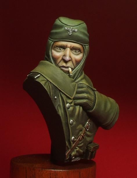 Nouvelle marque de figurines : RGT.57 Dieter10-4a38e79