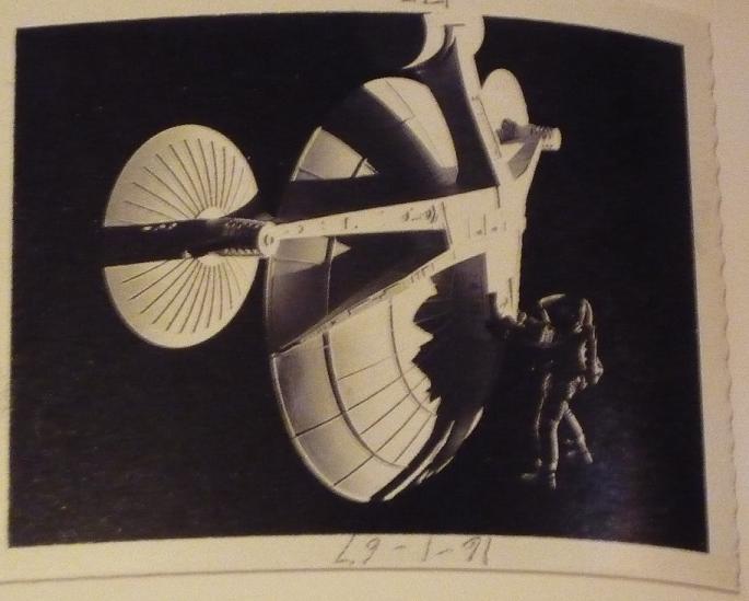 quelques livres sur 2001 odyssée de l'espace Ti81i-p1230607-497447b