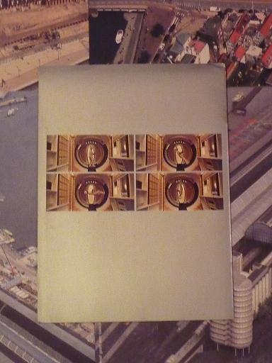 quelques livres sur 2001 odyssée de l'espace Ti34-p1220976-4974281