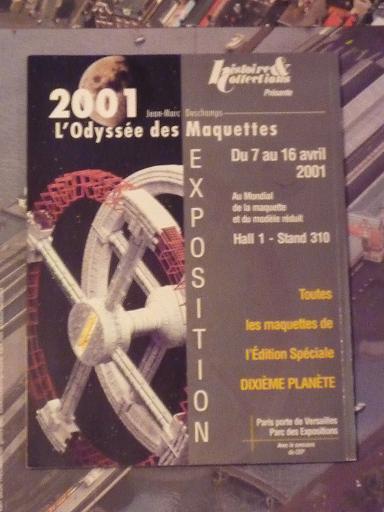 quelques livres sur 2001 odyssée de l'espace Ti21-p1230261-49741e9