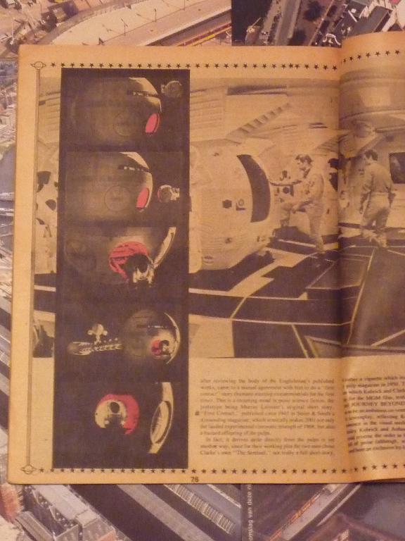 quelques livres sur 2001 odyssée de l'espace Ti66-p1230128-49743e5