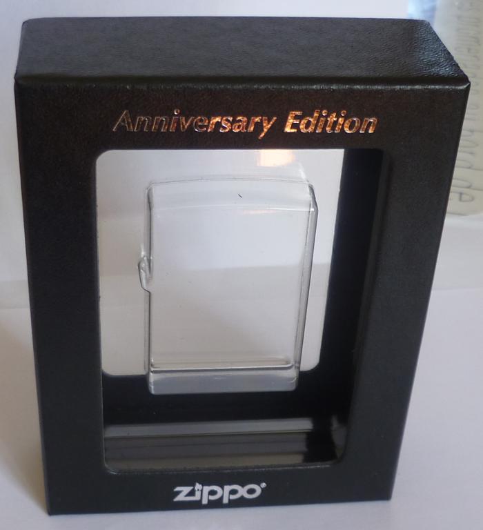 Les boites Zippo au fil du temps - Page 3 Zippo-2017-janvie...armor-7--5251f4a