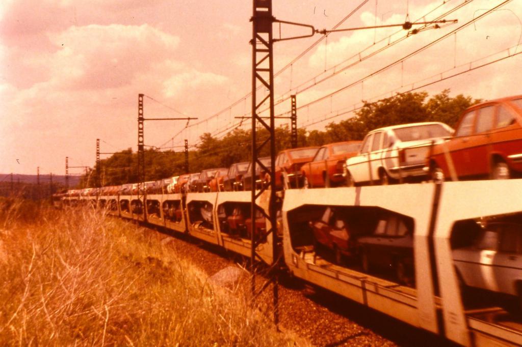 Quelques wagons  Pict0056-4a3d0b9