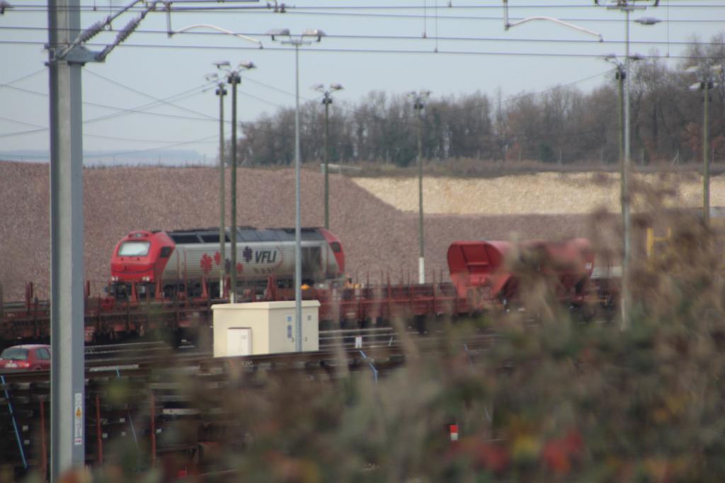 Base Travaux  Ferroviaires et Maintenance -LGV Tours Bordeau Img_1226b-4e00376