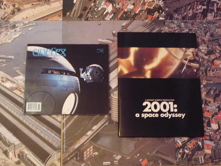 quelques livres sur 2001 odyssée de l'espace Ti30-p1230288-4974255