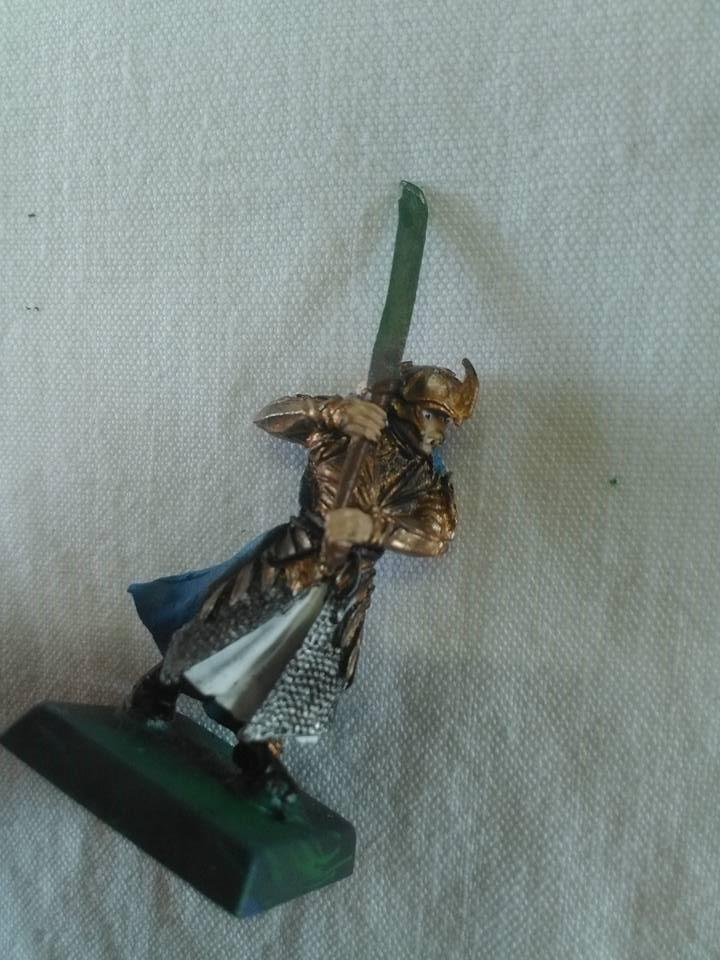 Mes toute première figurine en aerographe  21106530_16288083...589001_n-52ec144