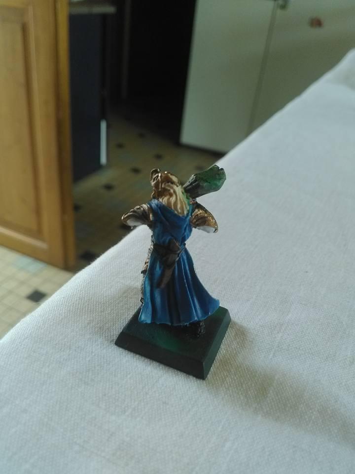 Mes toute première figurine en aerographe  21034639_16288086...223041_n-52ec13a
