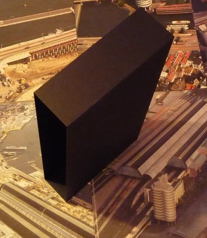 quelques livres sur 2001 odyssée de l'espace Ti03-p1230428-4974099