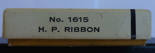 Les boites Zippo au fil du temps Zippo-1966---slim-ribbon-1--52ed24e