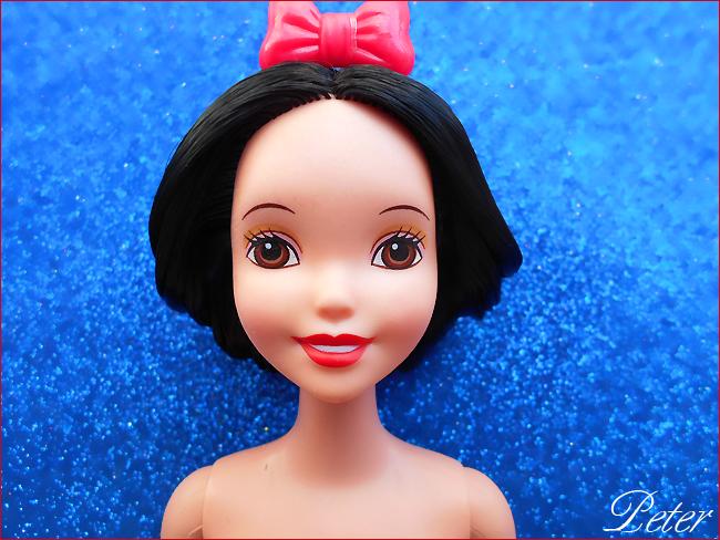 Mes poupées Disney :) - Page 2 Snow-white-classic-474c0cd