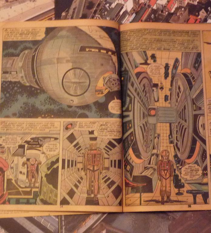 quelques livres sur 2001 odyssée de l'espace Ti60-p1230097-49743b5