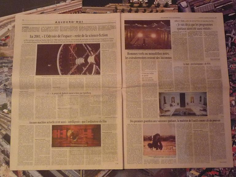 quelques livres sur 2001 odyssée de l'espace Ti36-p1230224-497429f
