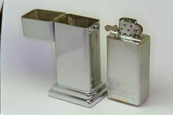 [Datation] Les Zippo Table Lighter 1947-1949-2e-barc...-insert--5268809