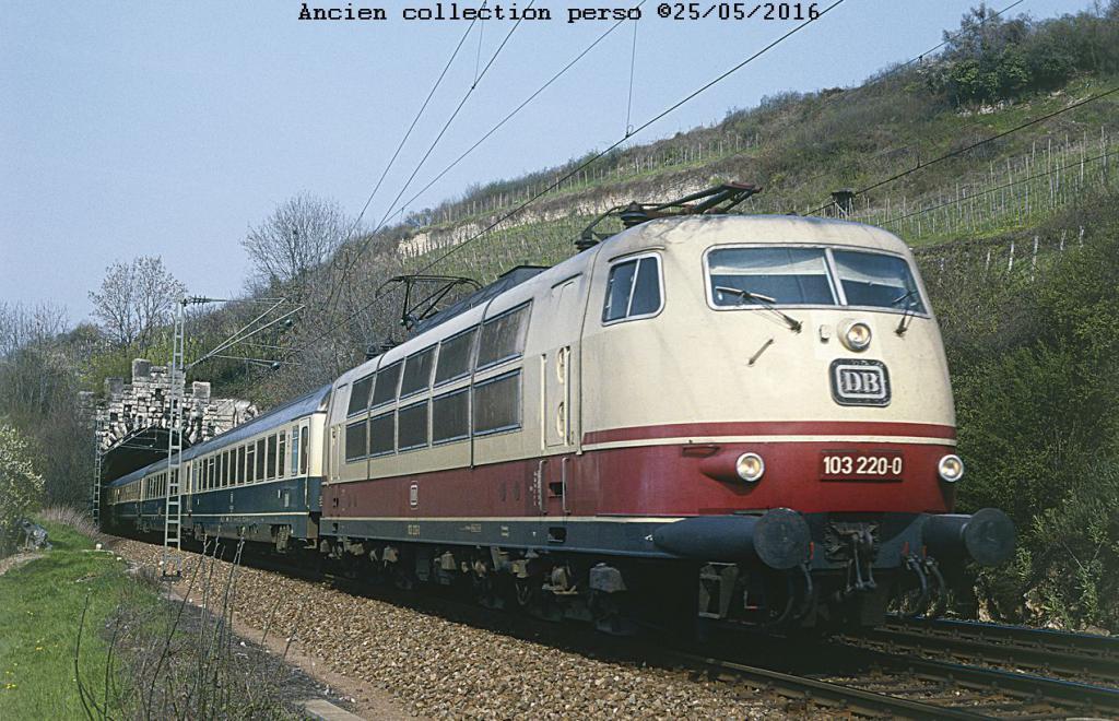 Loco 103 de la DB 103db-4f78db6