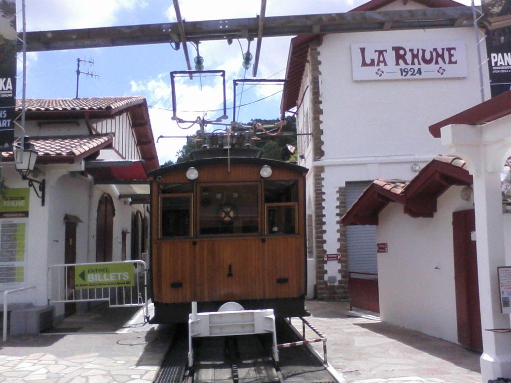 Le train de la Rhune dans les Pyrénées  Rhune-4eb3153