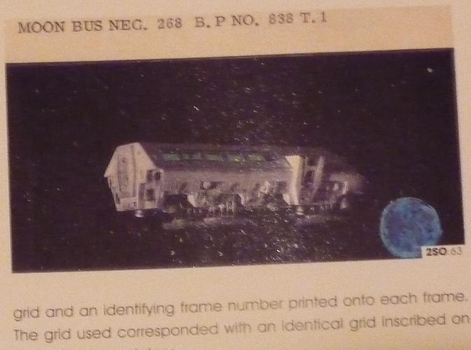 quelques livres sur 2001 odyssée de l'espace Ti81c-p1230568-4974451