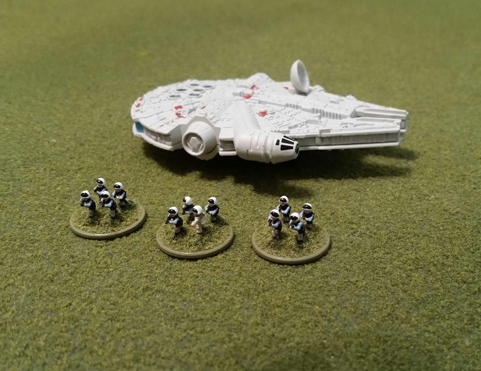 Star Wars - Les figurines - Page 2 18033239_10735171...236476_n-5216cad