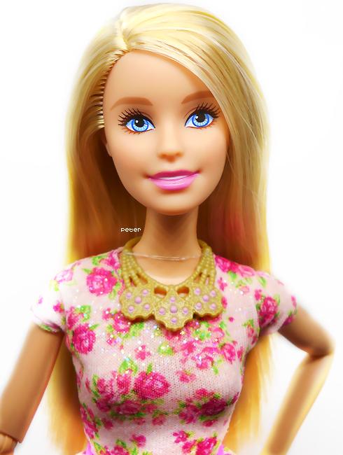 Mes Barbie - Page 8 Barbie-copie-4ffe337