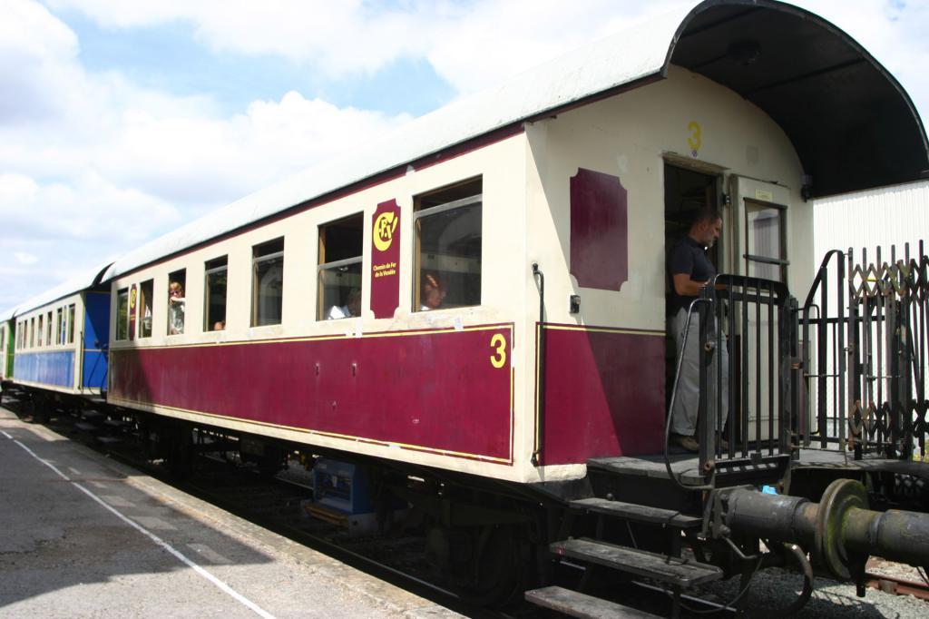 Train tourristique de Vendé Img_6601-4ad2374
