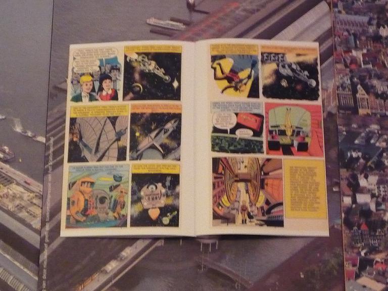 quelques livres sur 2001 odyssée de l'espace Tip1230811-49c8a0b