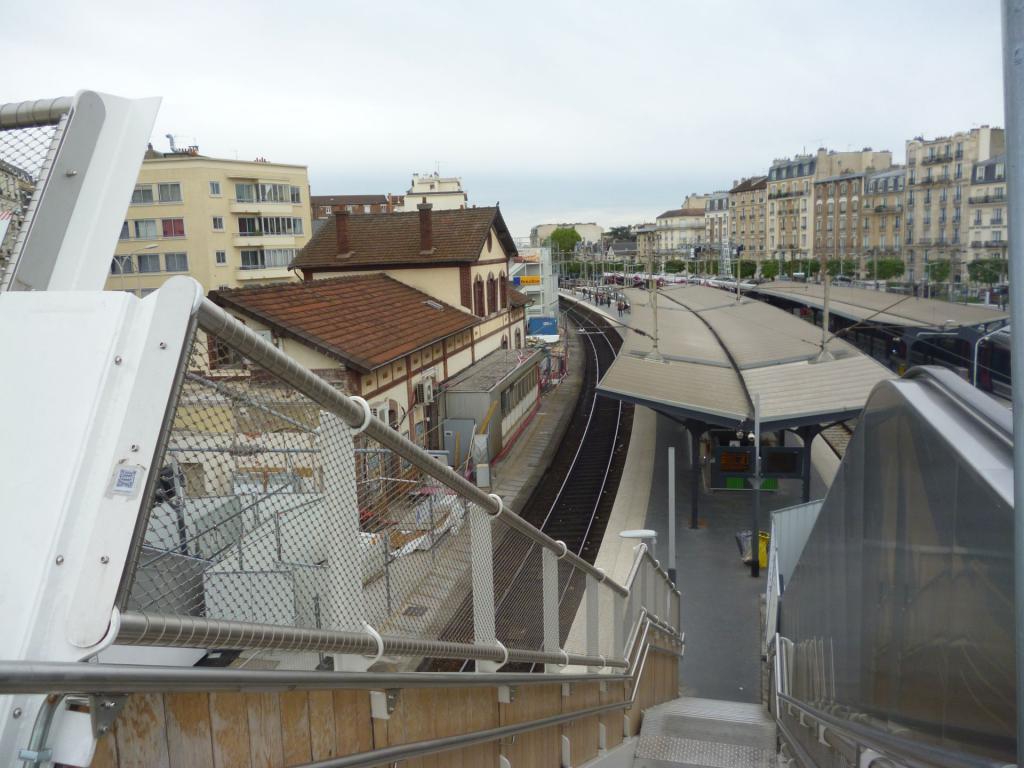 La gare de Bécon les Bruyères Becon3-523d85d