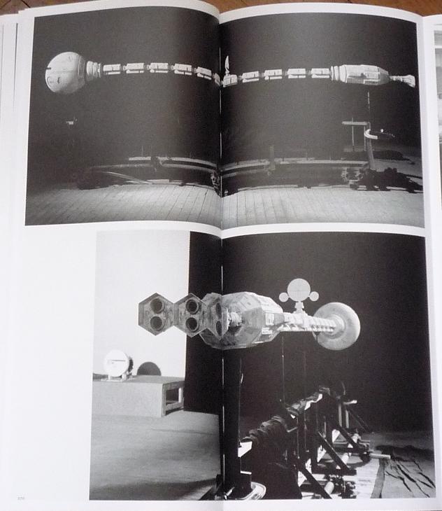 quelques livres sur 2001 odyssée de l'espace Tip1220608-4952f34