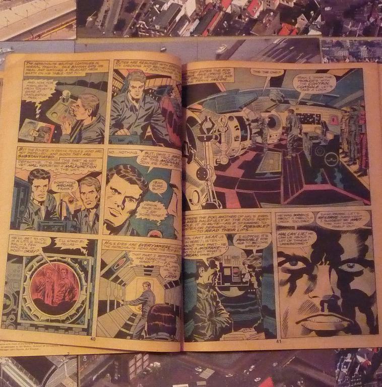 quelques livres sur 2001 odyssée de l'espace Ti61-p1230102-49743be
