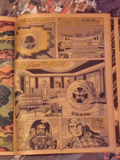 quelques livres sur 2001 odyssée de l'espace Ti65-p1230126-49743df