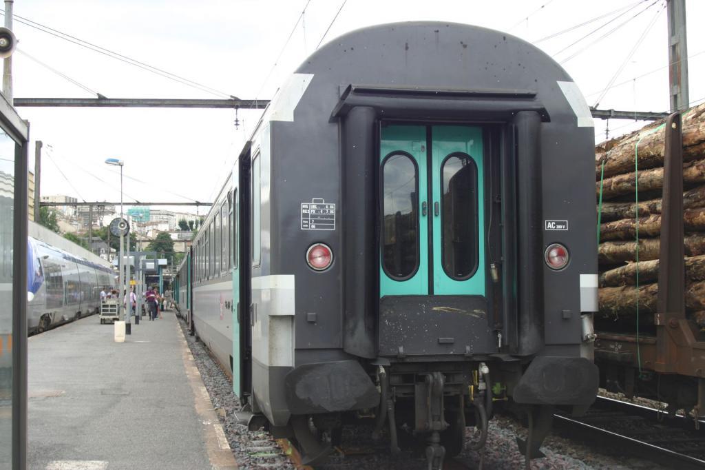 Corail à Angoulême  Corail-5131096