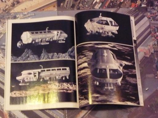 quelques livres sur 2001 odyssée de l'espace Ti20-p1230255-49741de
