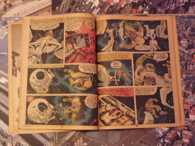 quelques livres sur 2001 odyssée de l'espace Ti62-p1230108-49743c5