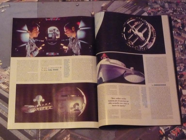 quelques livres sur 2001 odyssée de l'espace Ti25-p1230349-497420c