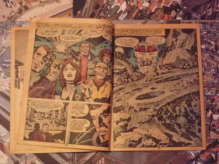 quelques livres sur 2001 odyssée de l'espace Ti57-p1230084-497439a