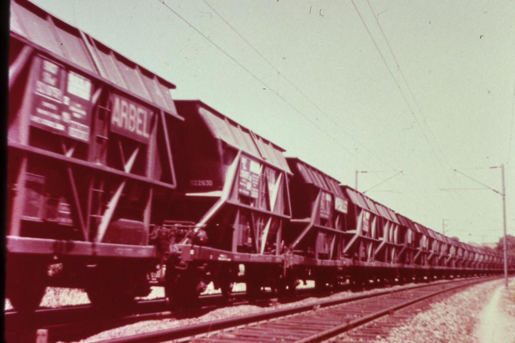 Quelques wagons  Pict0053-4a2e565