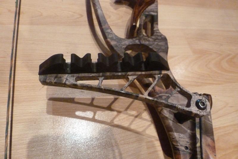 [CHERCHE] Carquois d'arc Hoyt 2 pièces 4 flèches , camo Carquois-hoyt-th-gm-3--47221eb
