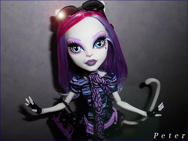 Freaky Just got Fabulous !  Catrine-demew-474bc9a