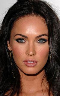 Katrina M. Eversfield: Liste de contacts Megan-fox-nov-2008-52faa06