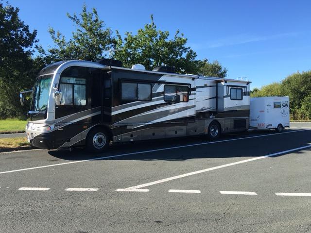 Le forum du camping car conseil astuce depannage for Camping car de luxe avec piscine