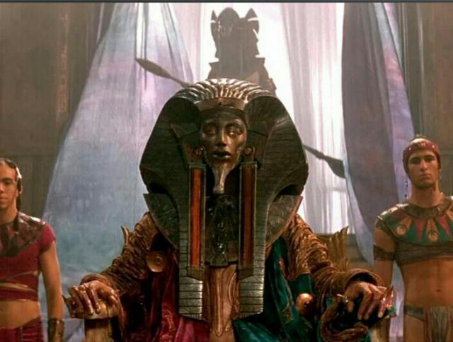 Stargate projet Ra assis sur son trone Img_20150604_221124-4b89306