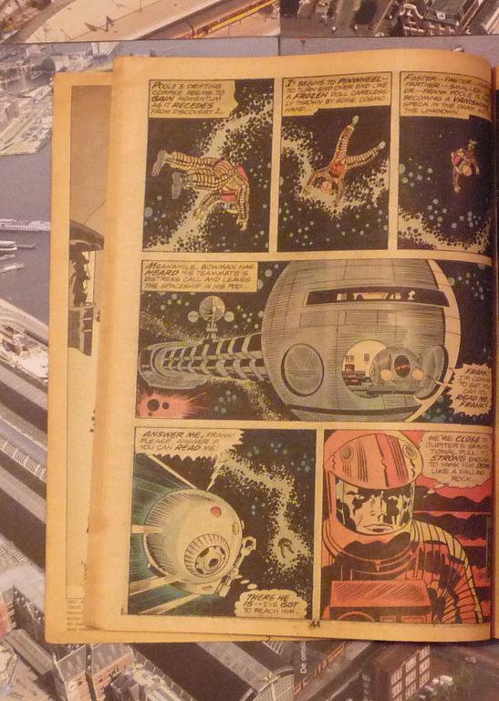 quelques livres sur 2001 odyssée de l'espace Ti63-p1230113-49743cf