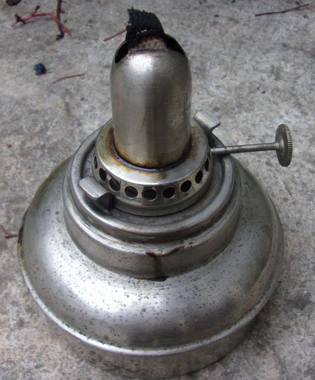 lampes pression p trole essence alcool topic recherche sur une marque de lampe. Black Bedroom Furniture Sets. Home Design Ideas
