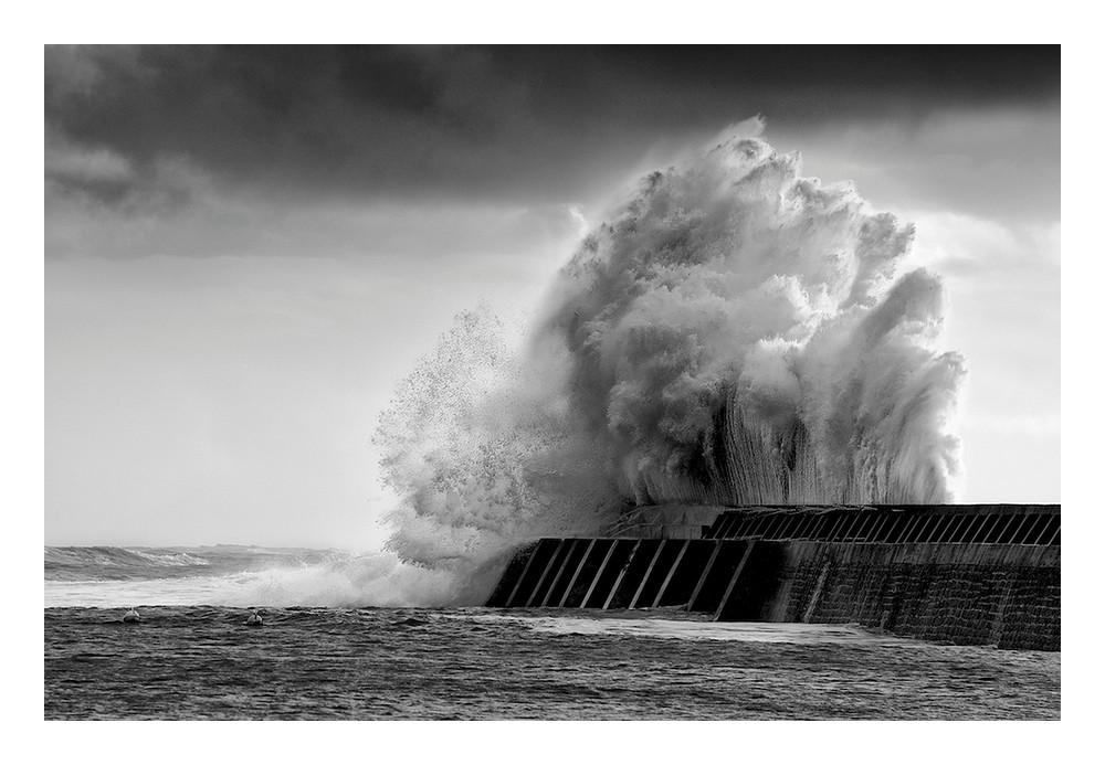 The wave Untitled-557faf1