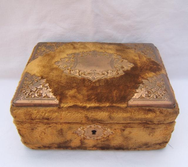 Ancienne boite couture coffre coffret napoleon iii art for Coffre de couture