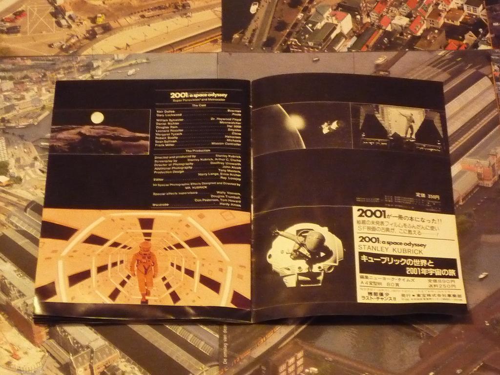 quelques livres sur 2001 odyssée de l'espace Tip1230924-49c8a37