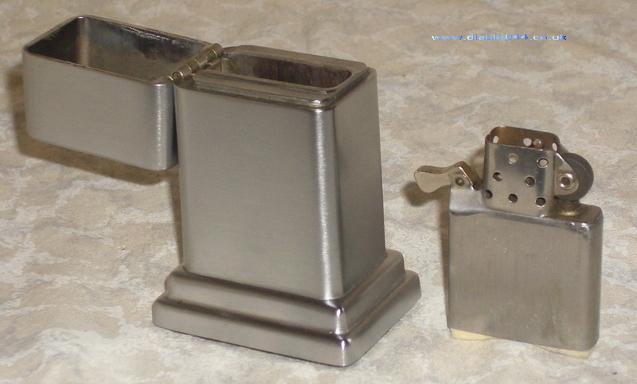 [Datation] Les Zippo Table Lighter 1954-1979-4e-barc...-insert--526881b